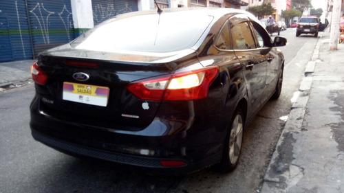 taxi focus sedan 2.0 s flex aut. 4p  2015   com alvara preto