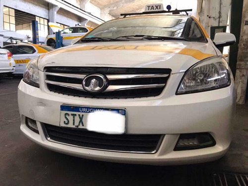 taxi great wall voleex c30 290mil kms