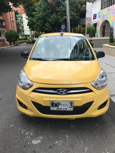 taxi hyundai i10 2016