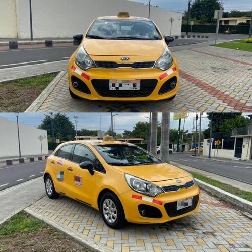 taxi kia rio r hatchback 2012 con puesto