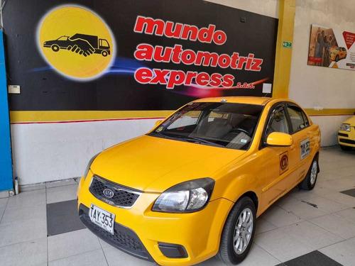 taxi kia sephia 2012