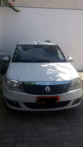 taxi renault logan com kit gas