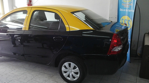taxi toyota corolla 1.8 xli cvt 140cv ac