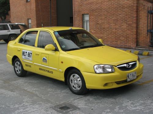 taxi verna accent .único dueño en perfecto estado