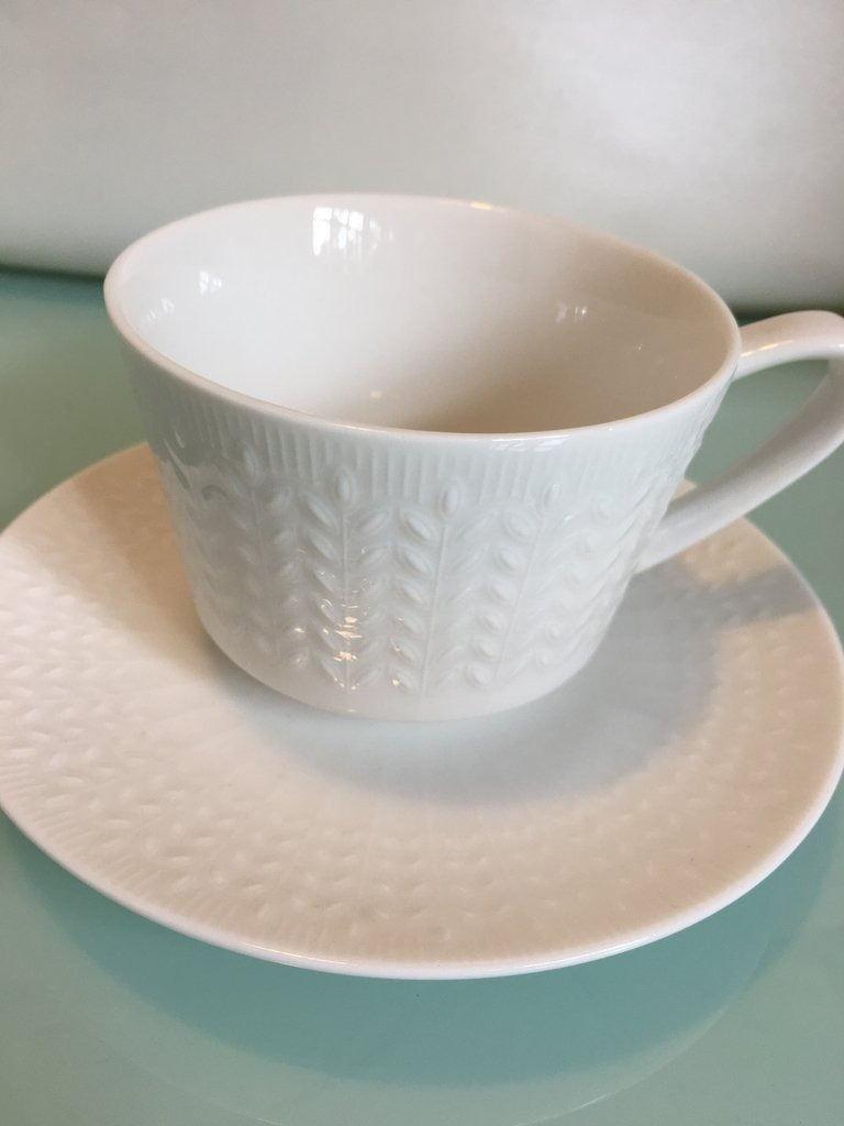 Taza C/ Plato Porcelana Blanca Diseño Espigas Taza: 11.7x9x - $ 235 ...