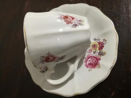taza de café con plato olmos de r.o.u pta.del este