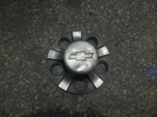 taza de chevrolet blazer 4 x2 original  98 99 usada
