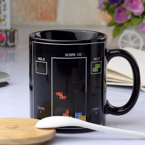 taza magica tetris cambia de color con agua caliente h1067