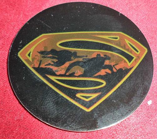 tazo superman vs batman