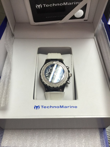 technomarine cruice con diamantes