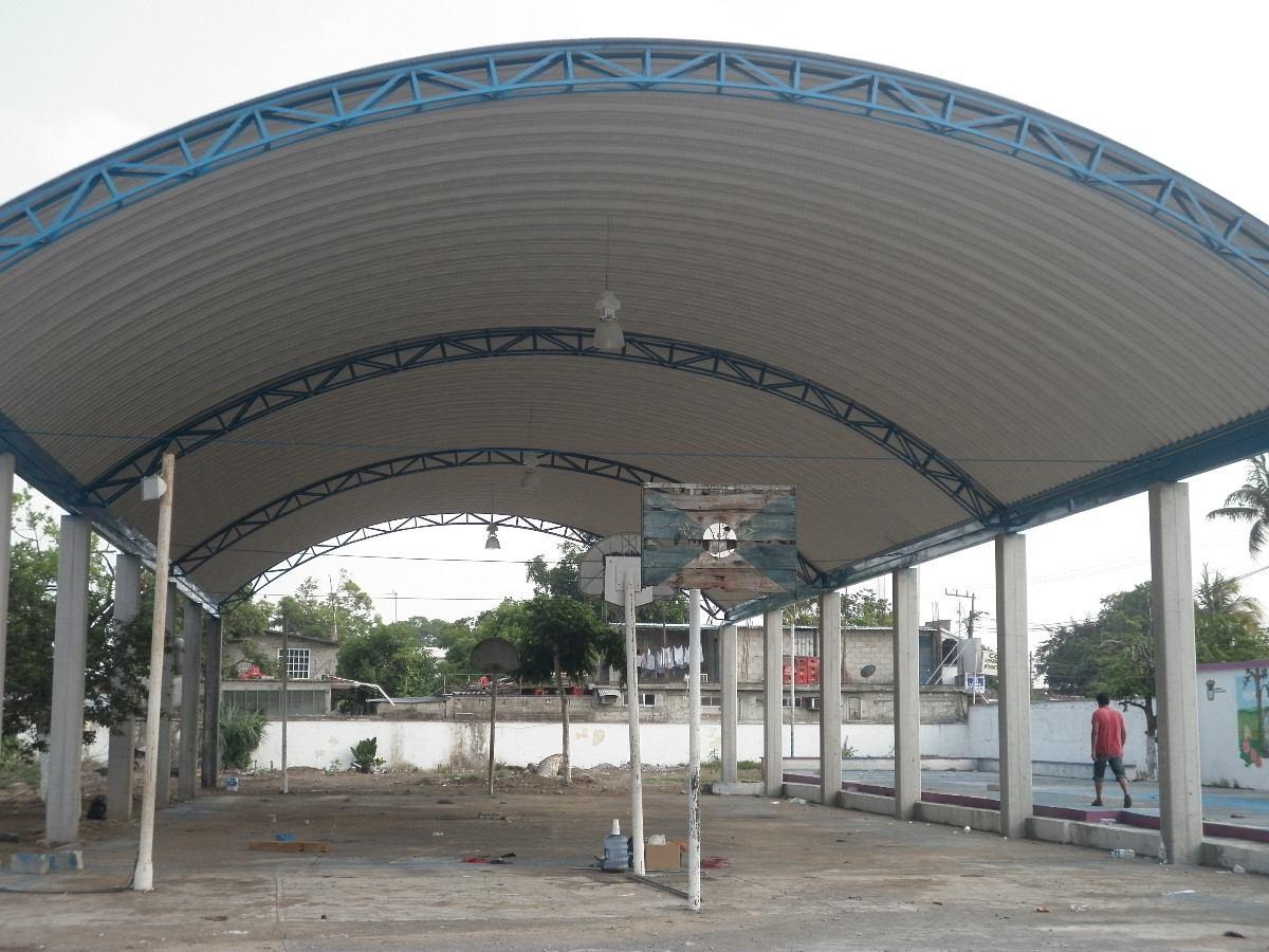 Techos curvos estructuras escuelas y area deportivas for Cubiertas transparentes para techos
