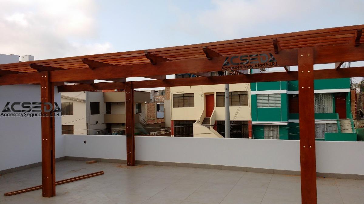 Techos de madera y o metal sol y sombra buen acabado s for Techos de metal para terrazas