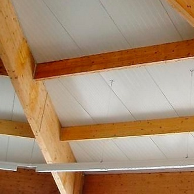 Techos en isopanel paneles para techos de poliuretano - Paneles decorativos para techos ...