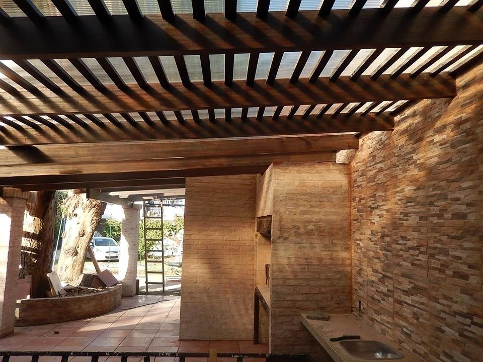 Techos y estructuras en hierro y madera 150 00 en for Materiales para techos de madera