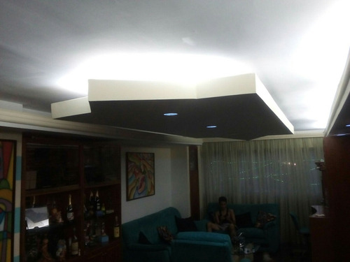 techos y paredes, drywall y suspencion visible electricidad