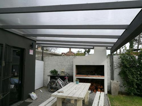 Techos y pergolas en hierro madera y policarbonato 1 for Pergolas de hierro para jardin