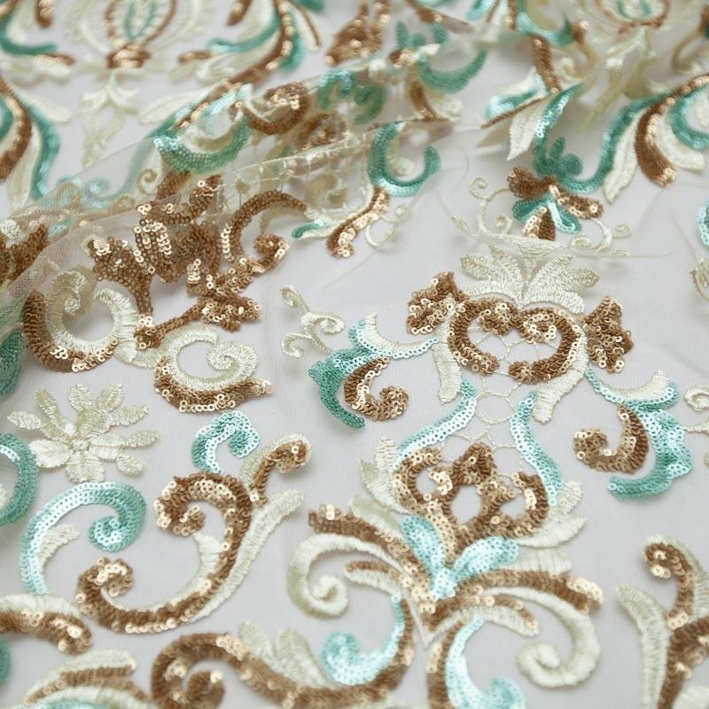 46e62a10899 tecido renda tule bordado arabesco paetê dourado tiffany. Carregando zoom.