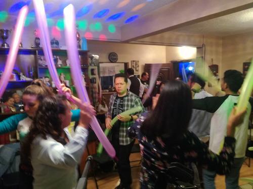 tecladista para fiestas show ,animación,batucadas y mas...