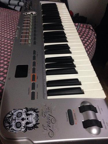 teclado controlador m audio oxígen 49 midi/usb