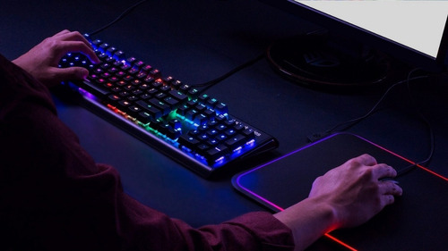 teclado mecánico gamer steelseries apex m750 prism rgb