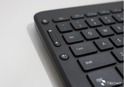 teclado microsoft all-in-one media keyboard blister m kb-526