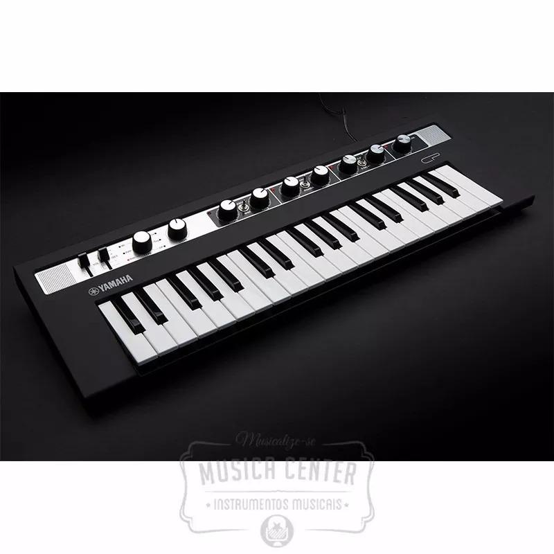 teclado piano digital yamaha reface cp c fonte e cabo midi r em mercado livre. Black Bedroom Furniture Sets. Home Design Ideas