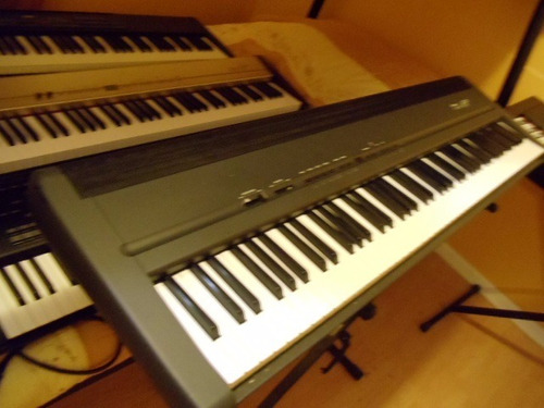 teclado roland fp8,  88 notas contrapesadas, amplificado
