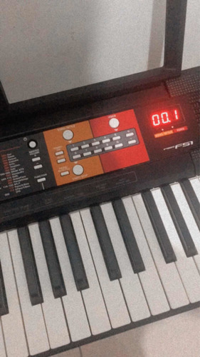 teclado yamaha f51