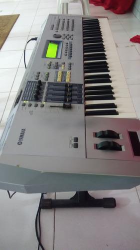 teclado yamaha motif es6