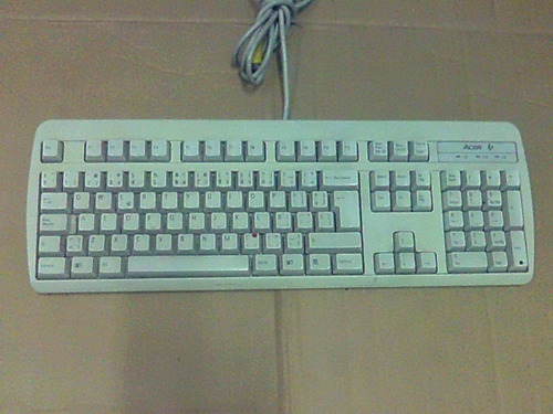 teclados tipo ps/2 marcas reconocidas acer100% funcionales