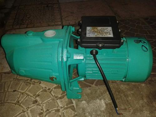 técnico de bombas de agua a domicilio