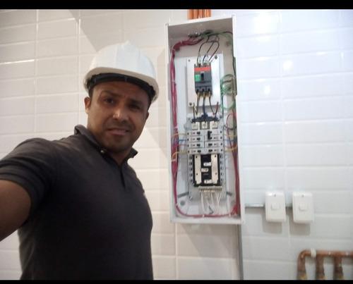 técnico electricista domestico