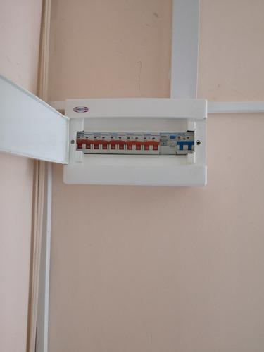 tecnico electricista-instalaciones de camaras y alarmas -