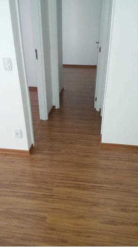 técnico em instalação de piso vinílico e laminado