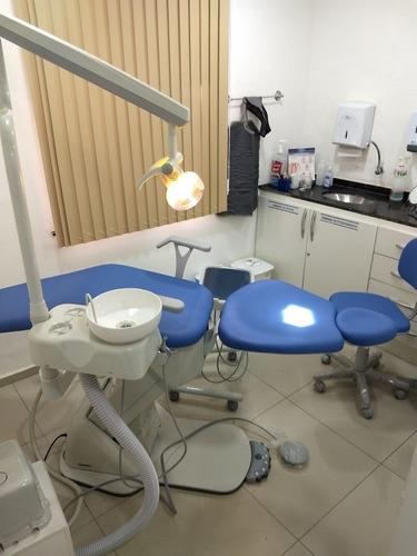 técnico equipo odontológico