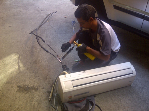 tecnico mantenimiento, reparacion e instalcion de aire split
