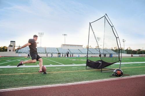 tee de futbol americano sklz negro,entrenamiento,patada 319