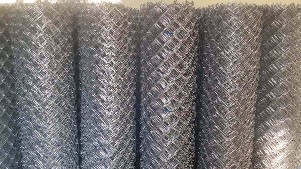 Tela alambrado arame 12 malha 85 r 11 70 em mercado livre for Telas de toldos por metros