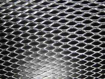 tela de aluminio tuning p/ grade e parachoque 20cm x 50cm