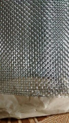 tela malha 10, fio 0.51mm em aço inox (1.00m x 0.50m)