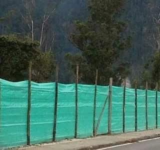 tela verde cerramiento 2.10 ancho x 100 m largo.