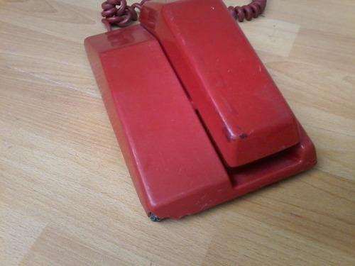 teléfono antiguo northern telecom rojo