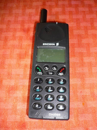 teléfono celular antigüo ericsson modelo dh668 vintage