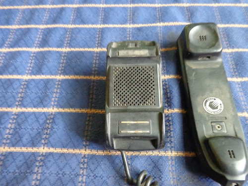 telefono marca audiovox, con base metalica .