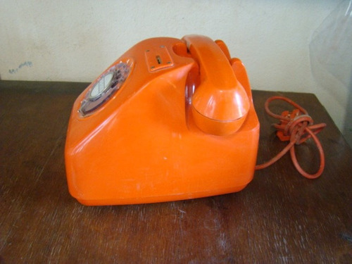 teléfono semipublicó naranja