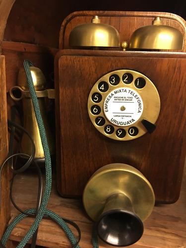 teléfono tipo antiguo retro funciona