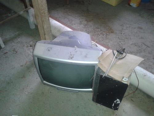 televisión, baul muebles.cabecera varios