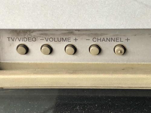 televisión plana  sony trinitron 24 pulgadas