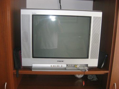 television sony wega 27 pulgadas excelentes condicones.