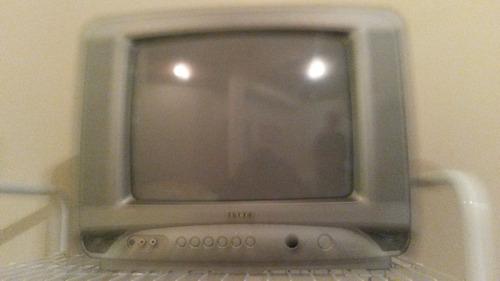 televisor 14  sankey con base de pared